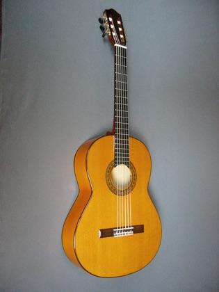 2014 09 21 16 51 09 together with Cuatro Guitar together with Santarosa801 as well Cuatro Venezolano Electroacustico Oscar Schmidt Oq40se 514082779xJM besides . on oscar schmidt cuatro